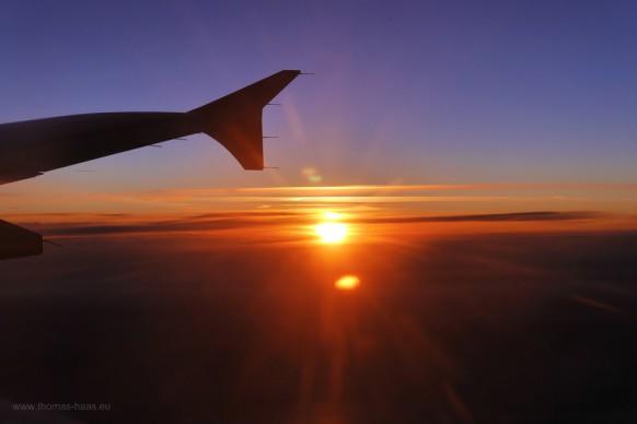 Sonnenaufgang, Flug nach Hamburg, 28.03.2018