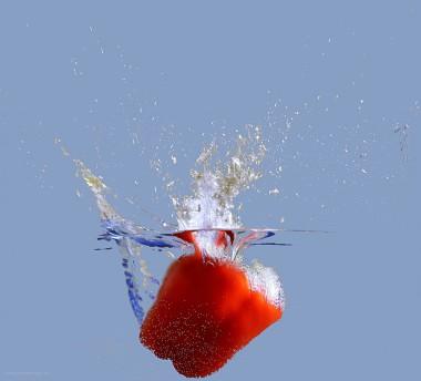 Wasserspritzer, Paprika im Wasser, Juni 2018