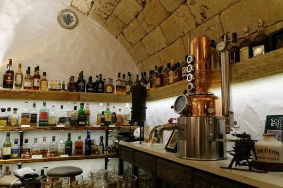 Spirituosen an der Bar...