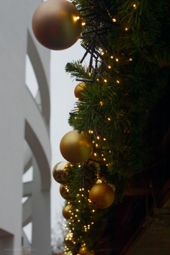Architektur und Weihnachtsschmuck, 2018