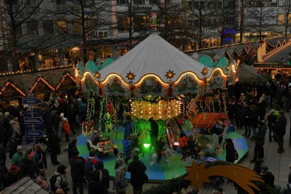 Abenstimmung von der Stadthausterrasse, Weihnachtsmarkt Ulm, 2018