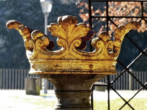 Krone, Wappenbrunnen, Königsbronn, Februar 2019