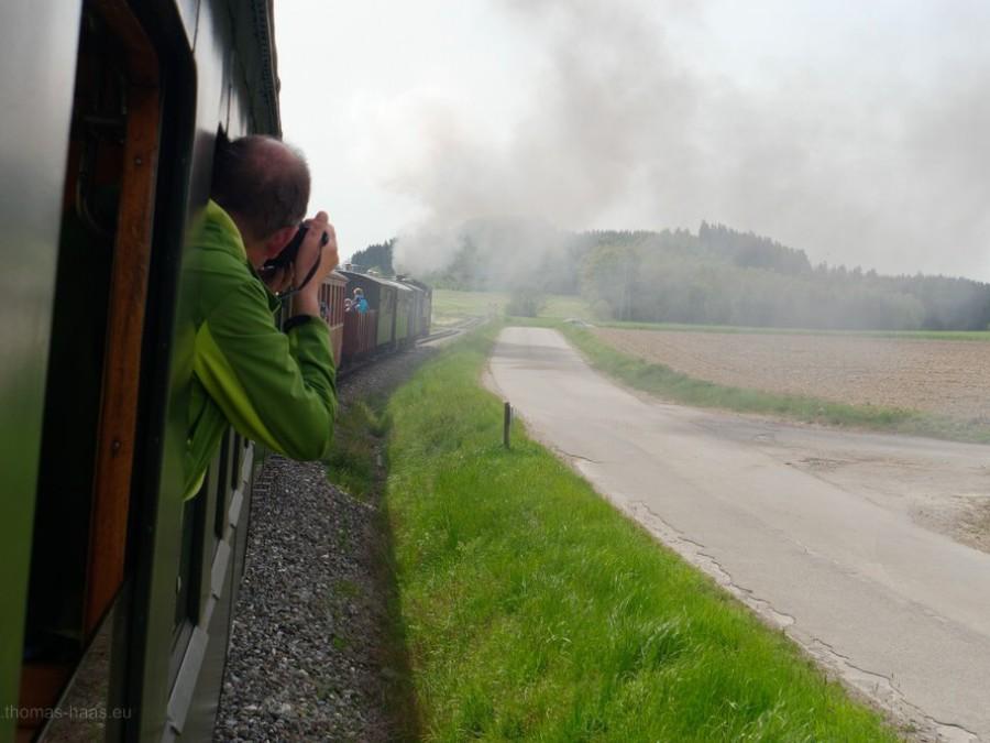 Der grüne Mann im Zug...