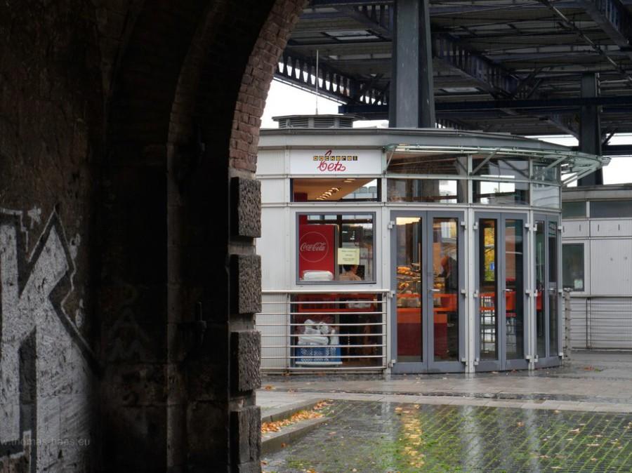 Kiosk im Busbahnhof Ehinger Tor, 2019