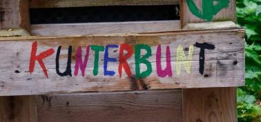 Schriftzug auf Palette, Kunterbunt, Ulm, 2019