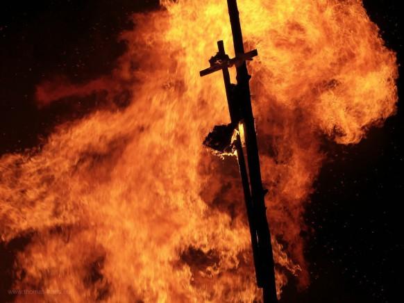 Bild des Monats, April 2020 - Funkenfeuer zur Vertreibung des Winters, Bellenberg