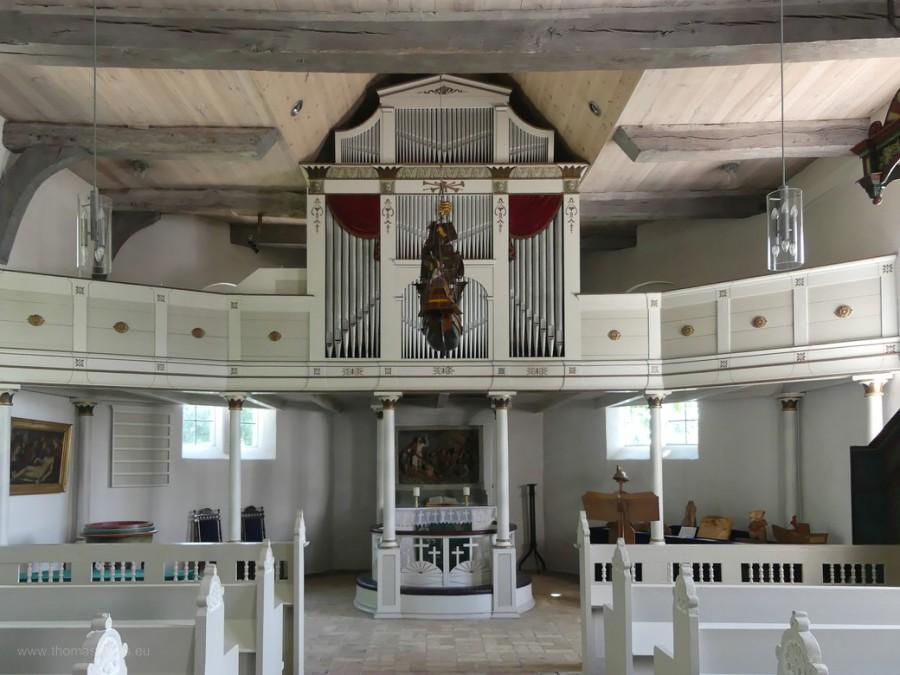 Altar und Orgel in der Schifferkirche zu Arnis, 2020