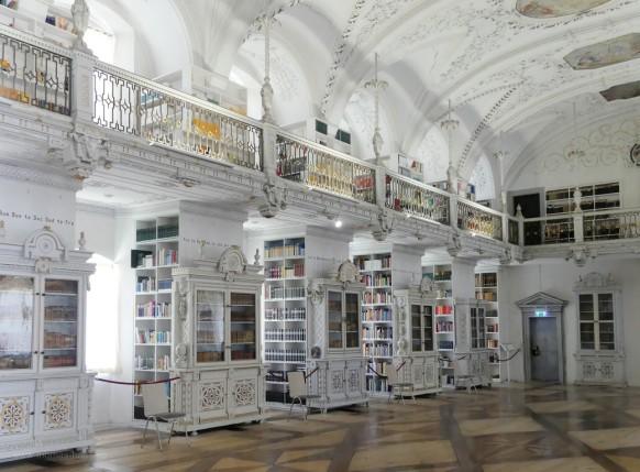 Bibliothekssaal im Schloss Salem, 2020