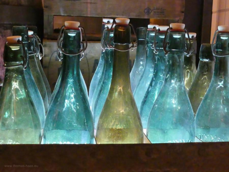 Bierflaschen, alte Generation...