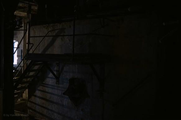 Dunkel gehaltenes Lost Places-Motiv, 2020, Yannick Musch