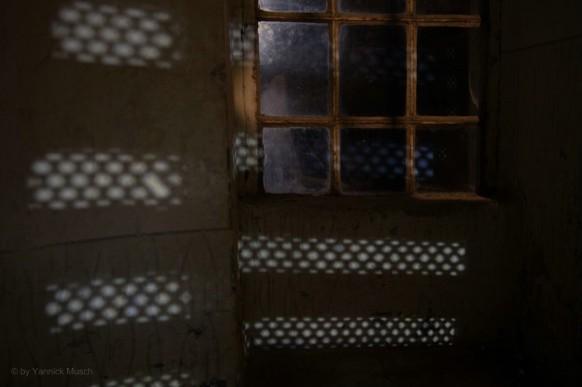 Lichtspiele im Treppenhaus, Yannick Musch, 2020