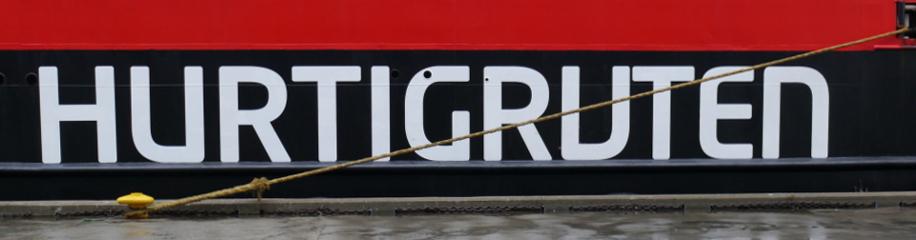 Hurtigruten-Schriftzug auf MS Nordkapp