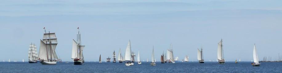 Traditionssegler auf der Ostsee, Kieler Förde