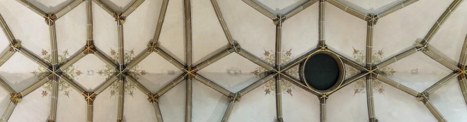 Gewölbe im Seitenschiff, Münster Ulm, Juni 2018